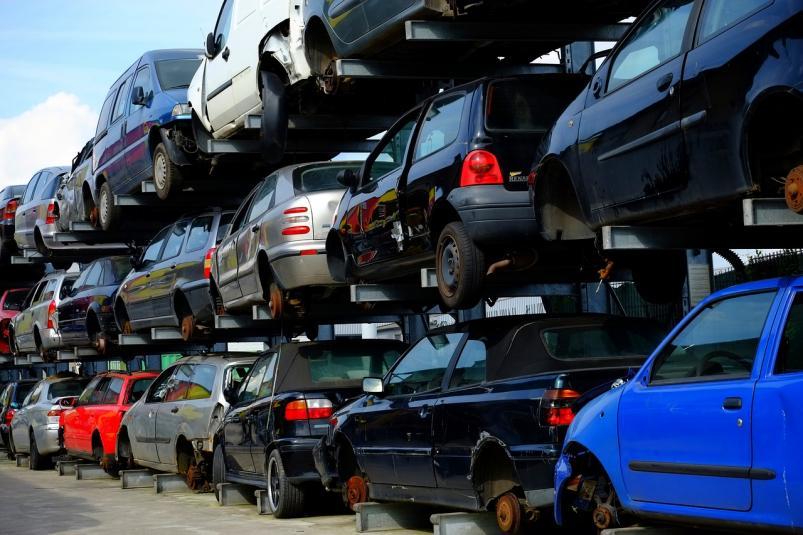 Этапы переработки автомобиля в пункте утилизации