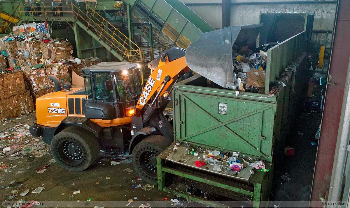 Как выбрать фронтальный погрузчик для переработки отходов