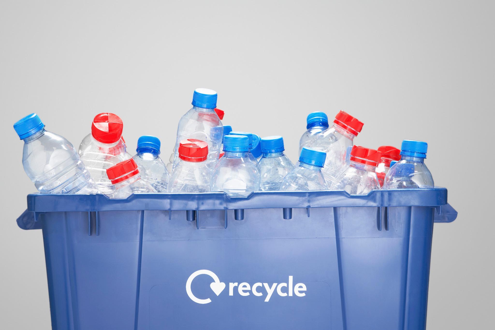 Вывоз пластиковых отходов для переработки — куда сдать вторсырье