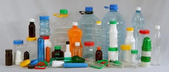 Из какого сырья делают пластиковые бутылки