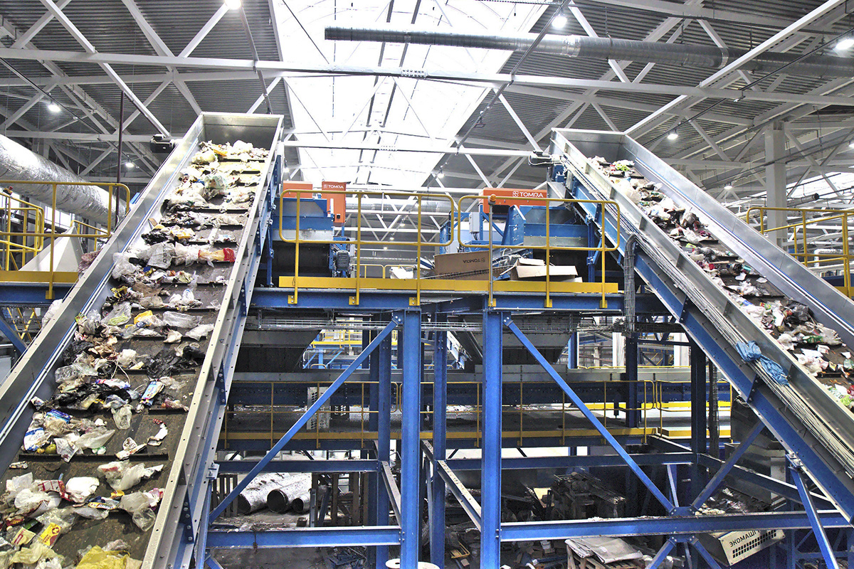Сортировка ТБО на заводе