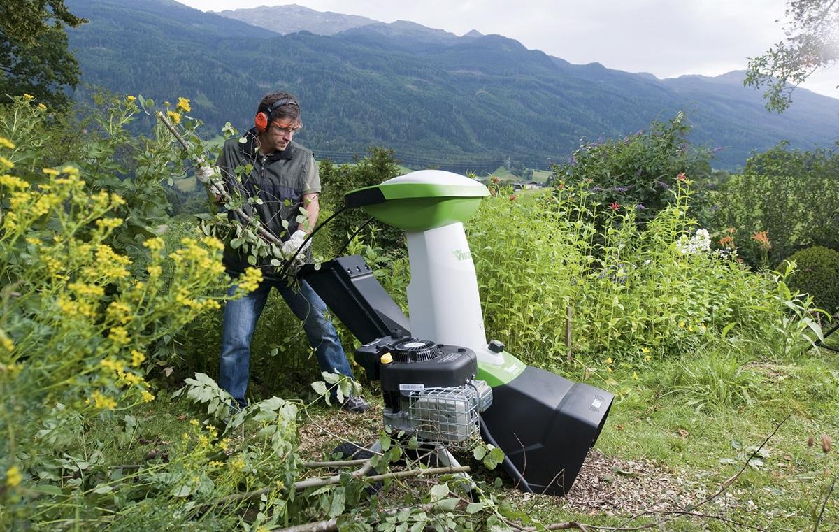 Садовый бензиновый измельчитель для веток — что это, как работает