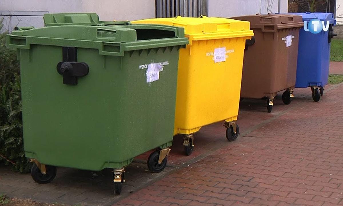 Мусорные контейнеры 1100 литров закрытые с колесами