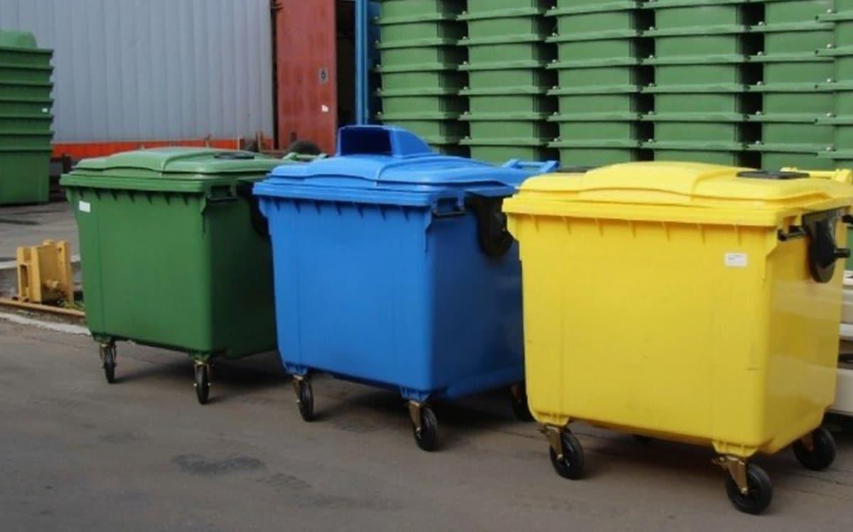 Выбор пластиковых контейнеров для мусора