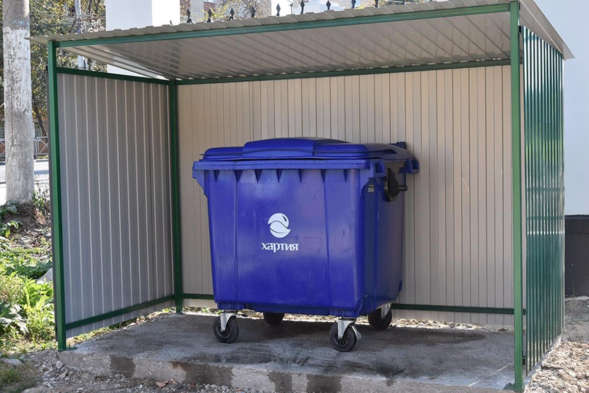 Площадки под мусорные контейнеры — виды, изготовление ограждений