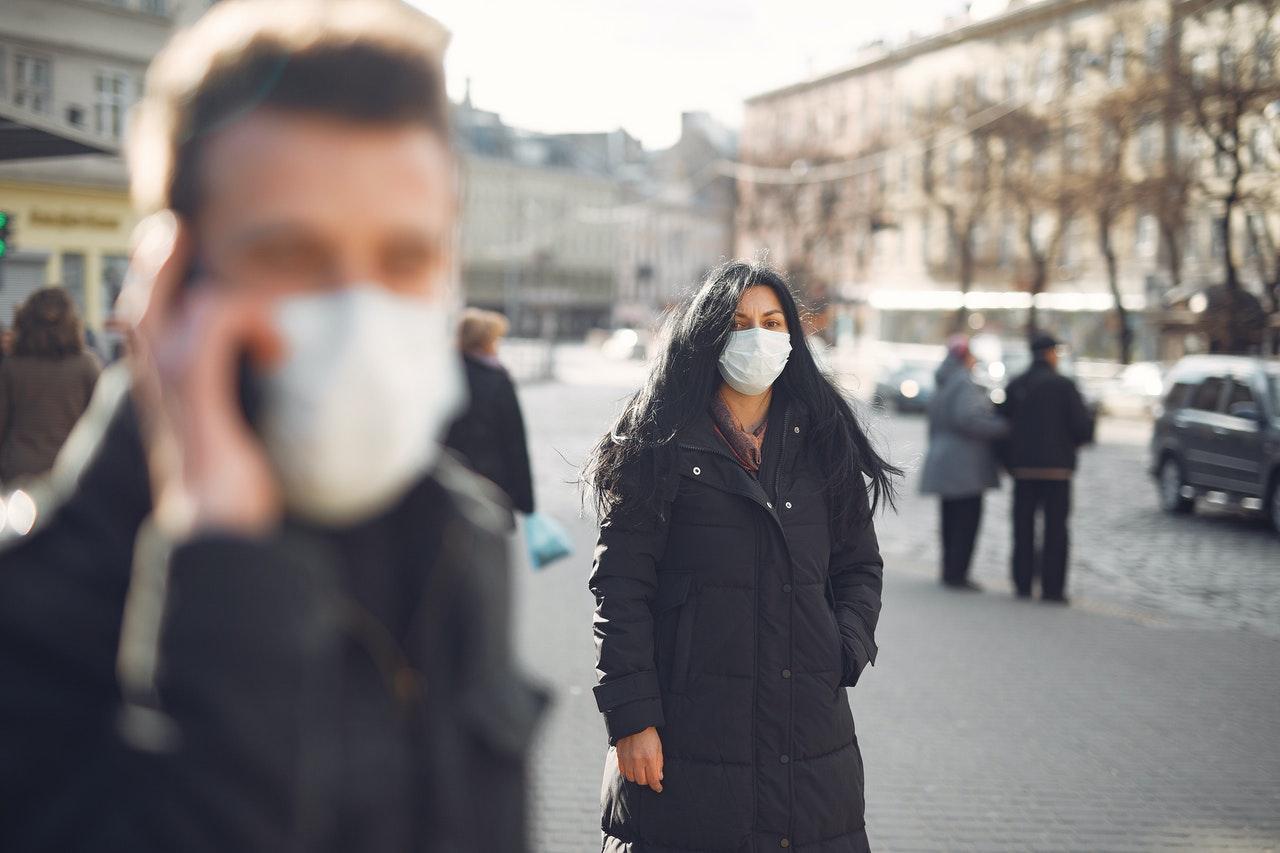 В Госдуме озаботились проблемой утилизации использованных масок и перчаток