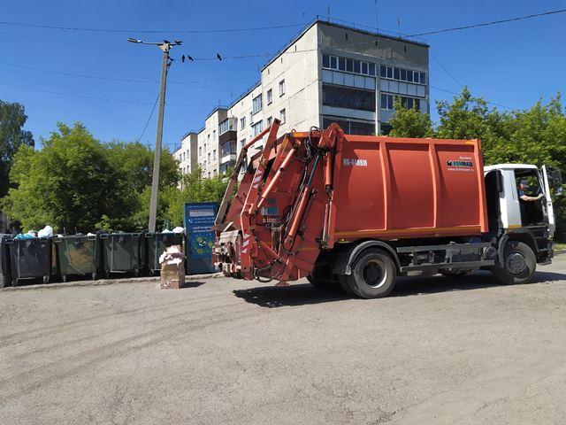 Бизнесмены попросили регоператоров снизить плату за мусор в пандемию