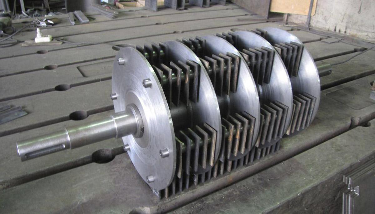 Ротор молотковой дробилки