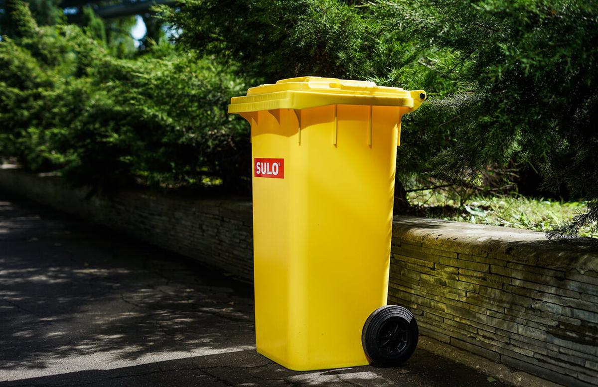 Бак пластиковый для ТБО на колесах