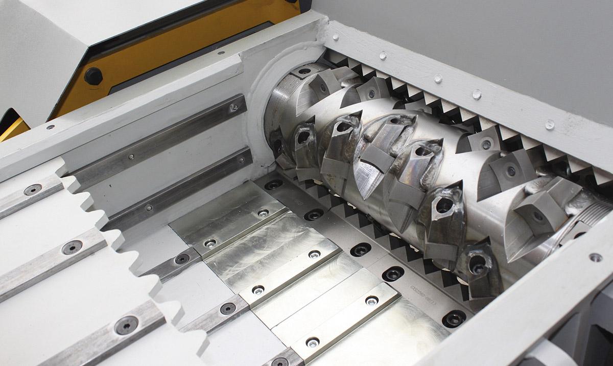 Однороторный промышленный шредер