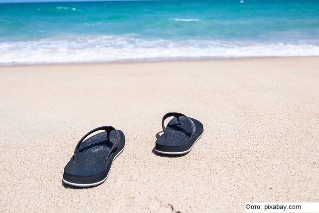 Ученые изобрели биоразлагаемые шлепанцы для пляжа