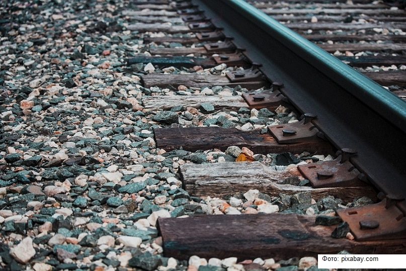 В Воронежской области железнодорожников обязали убрать свалку