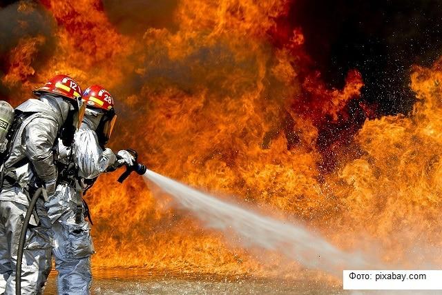 В Санкт-Петербурге произошел пожар на мусорном полигоне