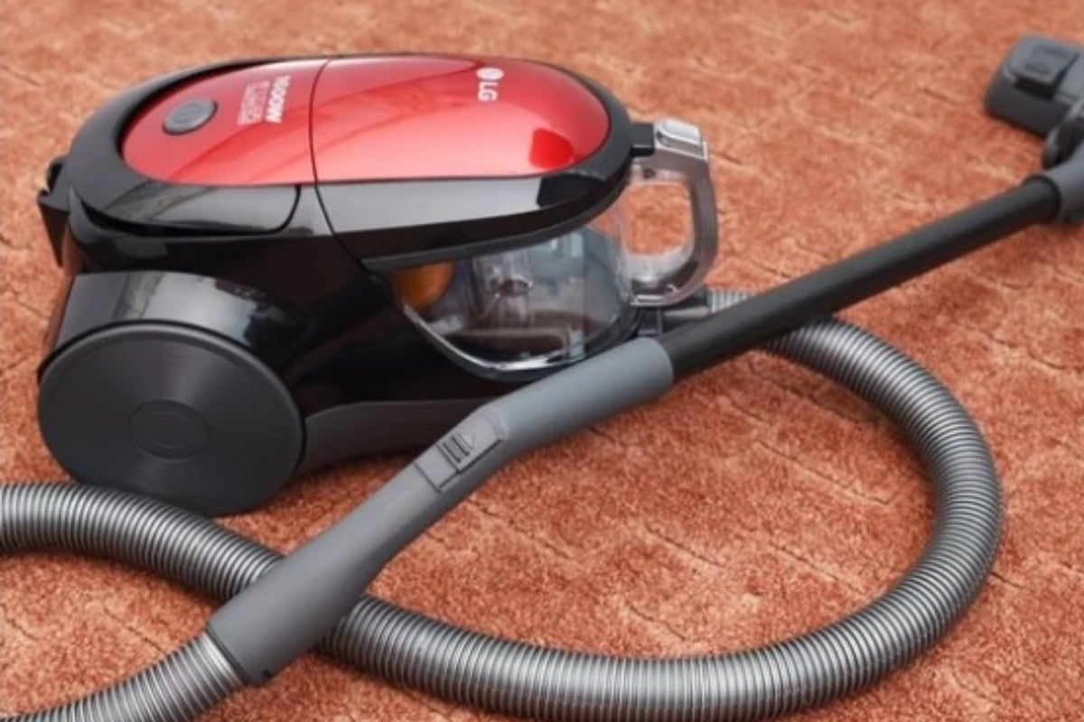 Технология разборки пылесоса LG в домашних условиях